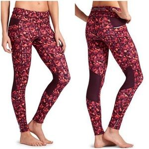 Athleta Traingular Be Free Tight/ Leggings